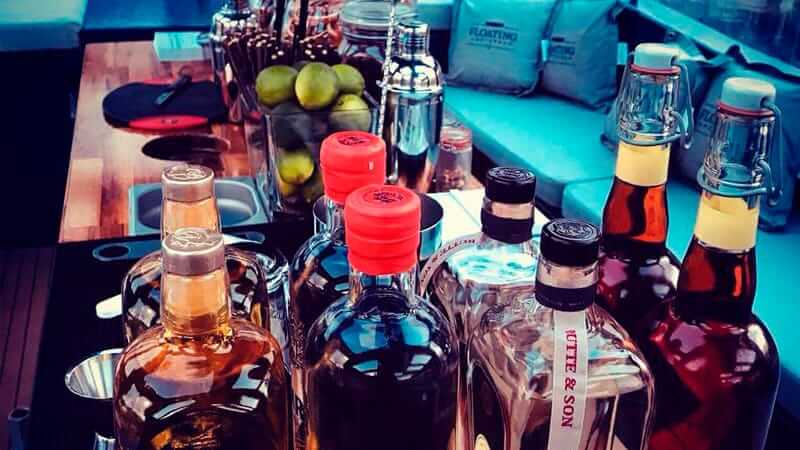 Bootverhuur Amsterdam Liquor
