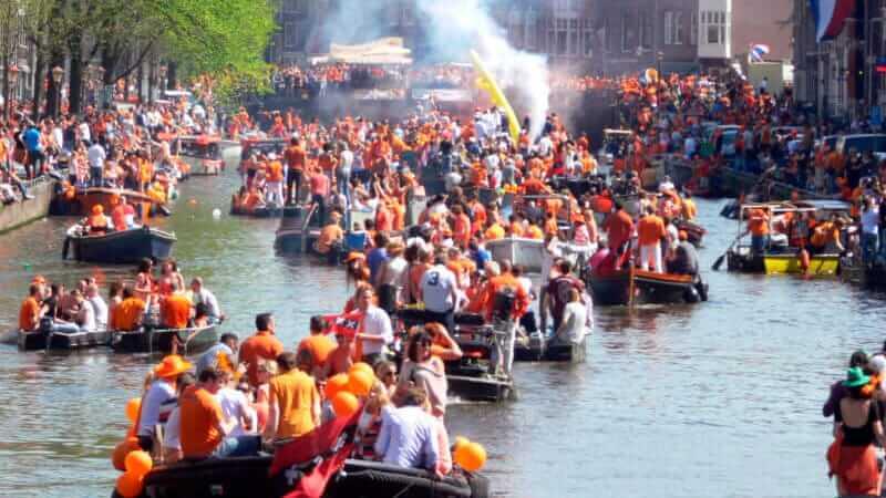 Bootverhuur Amsterdam Koningsdag